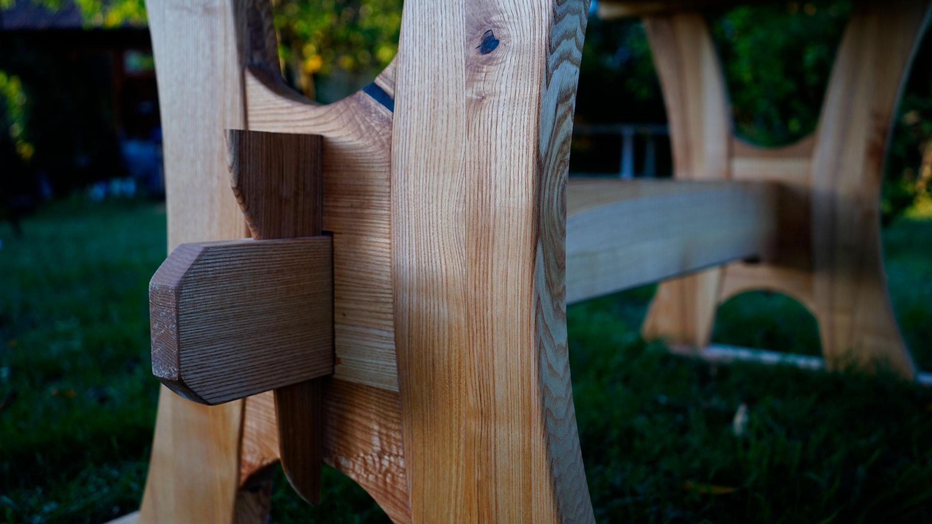 Detail vidieckeho stola
