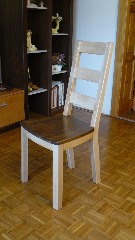 Celodrevená stolička