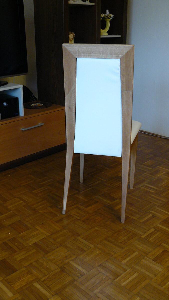 Moderná čalúnená stolička